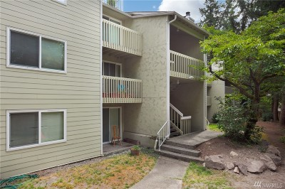 King County Condo/Townhouse For Sale: 9474 Redmond-Woodinville Rd NE #A103W