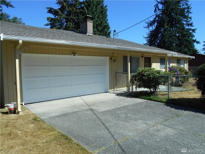 Newcastle Single Family Home For Sale: 7032 122nd Ave SE