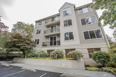 Kenmore Condo/Townhouse For Sale: 6831 NE 170th St #307