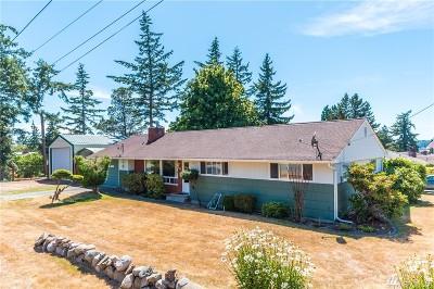 Island County Single Family Home For Sale: 481 NE Ronhaar St