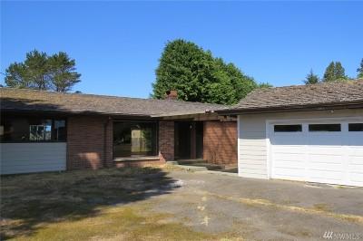 Clallam Bay Single Family Home For Sale: 571 E Frontier St