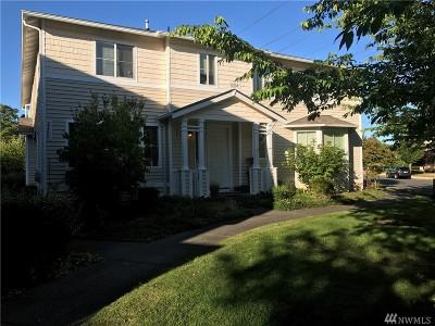 Pierce County Condo/Townhouse For Sale: 2270 Bob's Hollow Lane #B