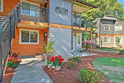 King County Condo/Townhouse For Sale: 10822 NE 148th Lane #J 102