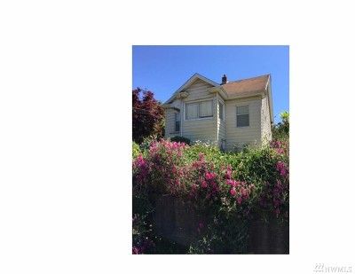Single Family Home For Sale: 7048 Earl Ave NW