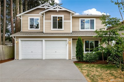 Snohomish County Condo/Townhouse For Sale: 1128 90th St SW #1