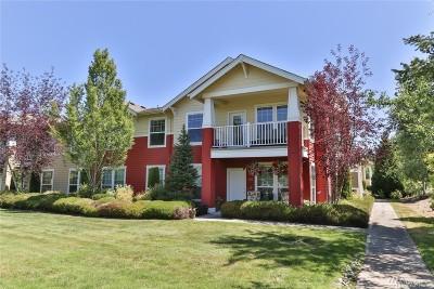 Redmond Condo/Townhouse For Sale: 22621 NE Alder Crest Dr #202