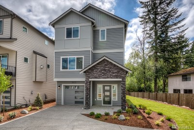 Snohomish County Condo/Townhouse For Sale: 2014 130th Place SW #29