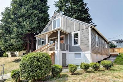 Everett Single Family Home For Sale: 802 E Marine View Dr