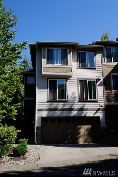 Issaquah Condo/Townhouse For Sale: 21210 SE 42nd Place