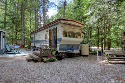 Deming Single Family Home For Sale: 76 Riverside Dr