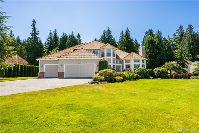 Anacortes Single Family Home For Sale: 2319 Hickory Dr