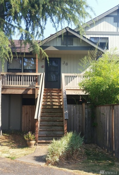 Tumwater Condo/Townhouse For Sale: 220 Israel Rd SW #J8