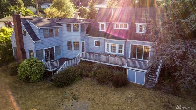 Gig Harbor Single Family Home For Sale: 6211 Soundview Dr