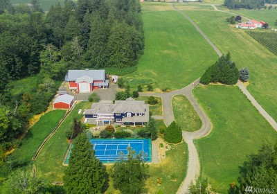 Bellingham Single Family Home Contingent: 269 W Axton Rd