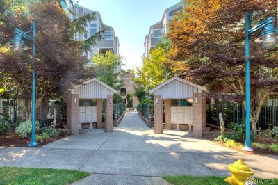 Kirkland Condo/Townhouse For Sale: 521 7th Ave #204
