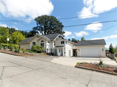 Chehalis Single Family Home For Sale: 179 SE 6th St