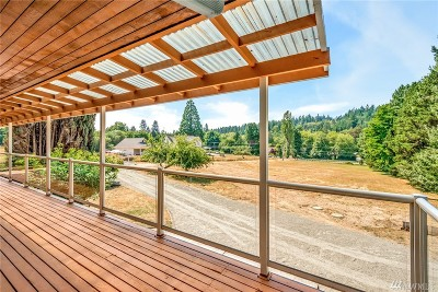 Gig Harbor Single Family Home For Sale: 10121 Crescent Valley Dr NW