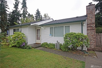 Federal Way Single Family Home Contingent: 1031 SW 307th