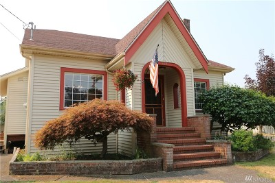 Buckley Single Family Home For Sale: 1019 Main St