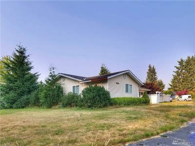 Everett Single Family Home For Sale: 8815 Emerson Place