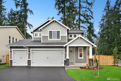 Puyallup Single Family Home Contingent: 12102 98th (Lot 5) Ave E