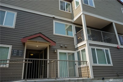 Issaquah Condo/Townhouse For Sale: 700 Front St S #C-207