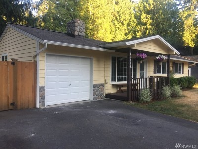 Woodinville Single Family Home For Sale: 15834 196th Place NE
