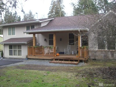 Woodinville Single Family Home Contingent: 7907 224th St SE