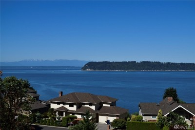 Mukilteo Single Family Home For Sale: 10103 Marine View Dr