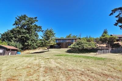 Single Family Home For Sale: 636 Treeline Dr