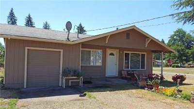 Oakville Single Family Home For Sale: 110 W Eagle St
