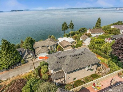 Everett Single Family Home Contingent: 1230 Madrona Ave