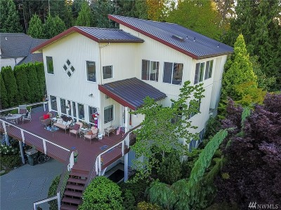 Single Family Home For Sale: 5225 Illahee Lane NE