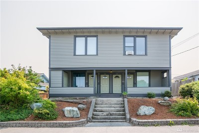 Anacortes Multi Family Home For Sale: 1109 8th St