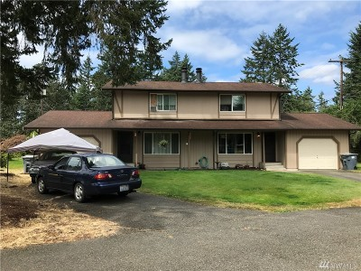 Spanaway Multi Family Home For Sale: 810 196th St E