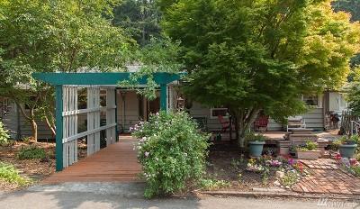 Single Family Home For Sale: 3200 Vallette St