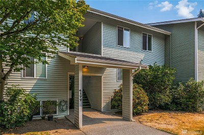Bellevue Condo/Townhouse For Sale: 4177 West Lake Sammamish Pkwy SE #A308