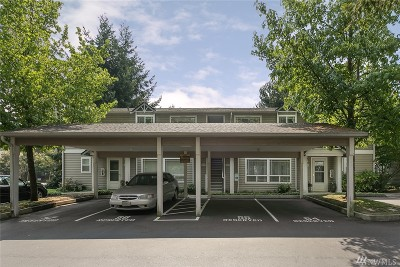 Mountlake Terrace Condo/Townhouse For Sale: 21210 48th Ave W #D