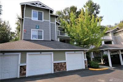 Everett Condo/Townhouse For Sale: 12712 Admiralty Way #A301