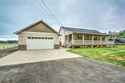 Arlington Single Family Home For Sale: 24200 Harvey Creek Rd