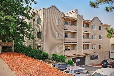 Bellevue Condo/Townhouse For Sale: 12903 SE 38th St #205