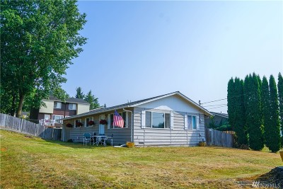 Snohomish Single Family Home For Sale: 212 10th St