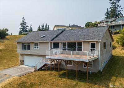 Oak Harbor Single Family Home For Sale: 4539 Larson Dr