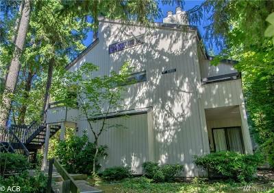 Bellevue Condo/Townhouse For Sale: 10930 NE 37th Place #3