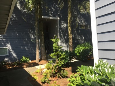 Bellevue Condo/Townhouse For Sale: 3305 127th Place SE #L21