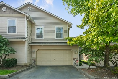 Everett Condo/Townhouse For Sale: 820 114th St SW #B