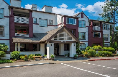 Issaquah Condo/Townhouse For Sale: 3935 226th Place SE #112