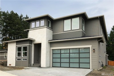 Sammamish Single Family Home For Sale: 3244 234th Place SE