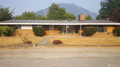 Darrington Single Family Home For Sale: 930 Madison Ave