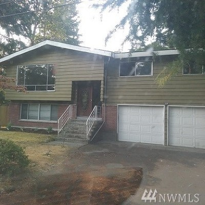 Kirkland Single Family Home For Sale: 8635 NE 132nd Place